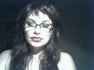 Heisse Lady aus der Zentralschweiz versaut und geil beim Webcamsex!